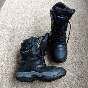 Clam Corp Ice Armor Boots Winter Men's NWOT Size 9